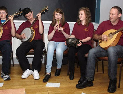 5.-Intercultural-Food-and-Music-Event