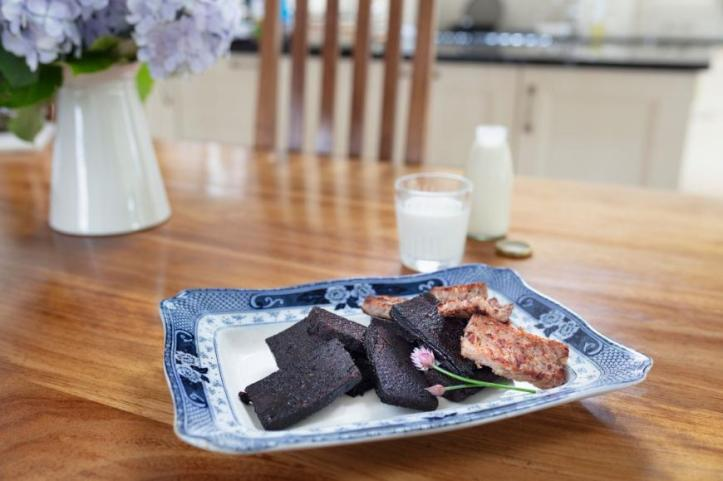 Annascaul Black Pudding Co. | Annascaul Georgina Campbell Guides