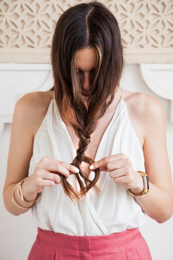Acconciatura semplice per capelli lunghi in 2 minuti