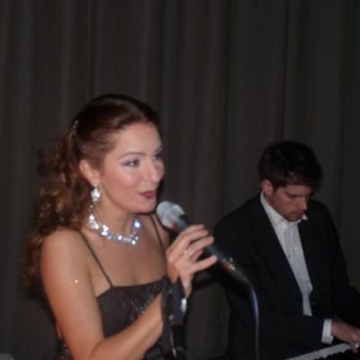 Piano-zang-duo-Irene-de-Raadt-daan-van-den-hurk-kpmg-galaeasy listening, huisconcert, huwelijk, trouwen