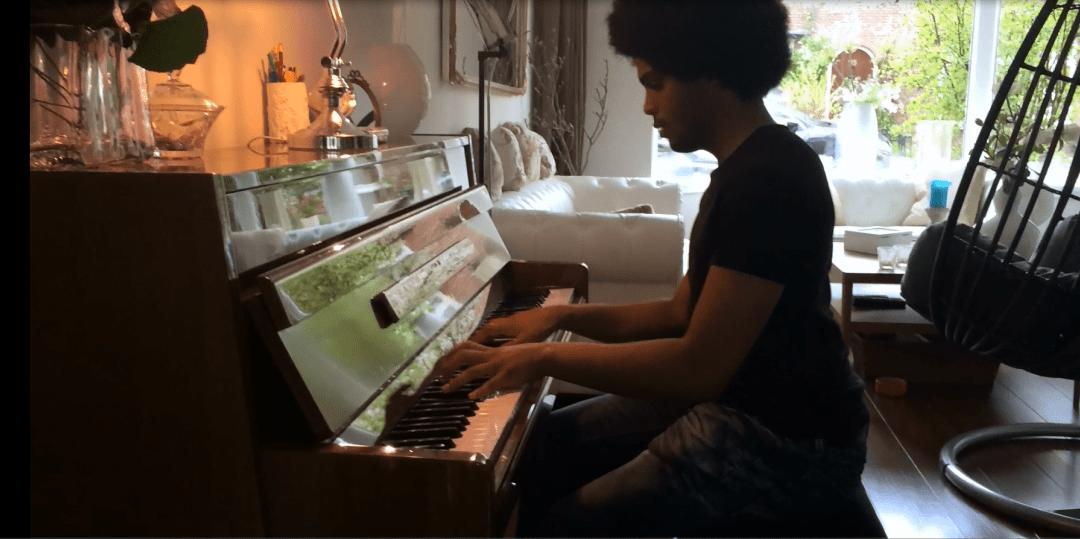 De piano op de operatietafel!
