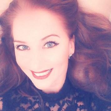Irene de Raadt zangeres zangdocent zangles pianoles jazz klassiek pop Amsterdam Amstelveen vocal lessons
