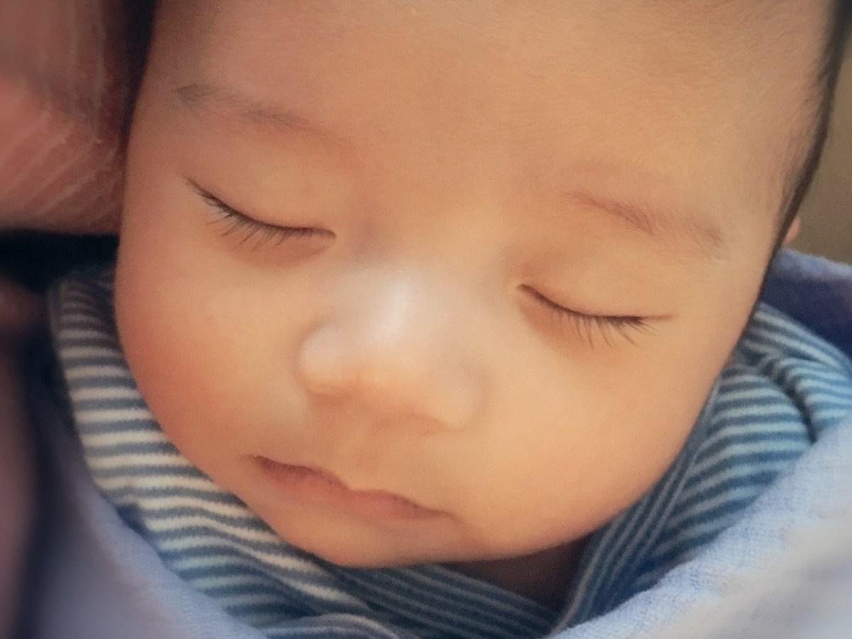 關於孩子的睡眠 - 就寢時間, 睡眠時數, 同床睡還是分房睡