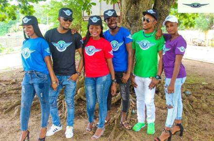 i rep salone colored t shirt group pic
