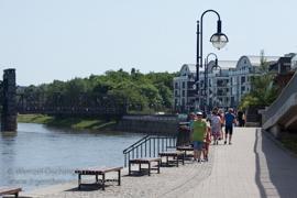 Magdeburg - Elbuferpromenade - Strandbar
