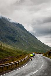 Straße durch die Highlands