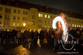 """KuGeDu 2.0.  – """"Kunst gegen Dummheit und verbale Gewalt"""" - Feuershow  Malabarista"""