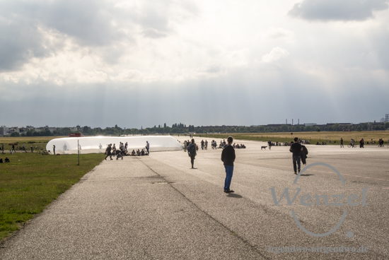 "Homers ""Odyssee"" im Liveboat auf dem Tempelhofer Feld"