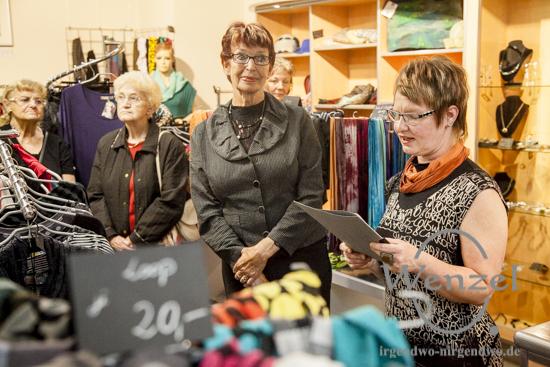 Eva Waag (l.) und Anke Brämer / Vernissage in der Boutique Querstyle / Breiter Weg Magdeburg