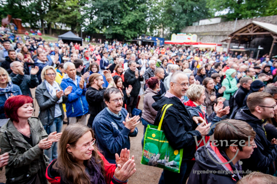 Rainald Grebe & die Kapelle der Versöhnung – Sommer spezial Open Air Tour – Festung Mark Magdeburg –  Foto Wenzel-Oschington.de
