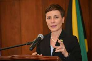 Johnson-Smith expresses concern about chaotic situation which unfolded in the US
