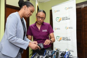 Health Ministry receives 10 thermal scanners in light of Covid-19 threat