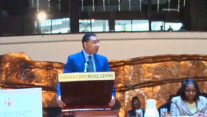 Holness contemplating performance pay for ministers