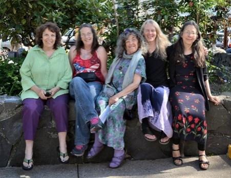Personal Appearances : The Eugene Saturday Market Psychics, Eugene, Oregon
