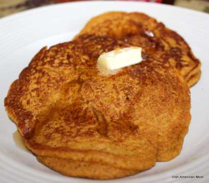 Wholewheat pumpkin pancakes with melting butter