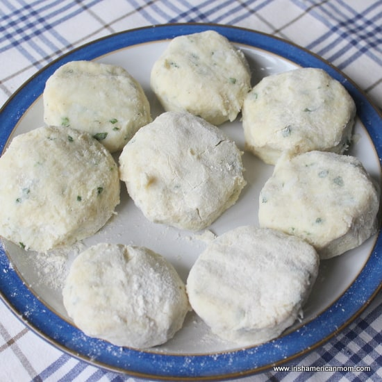 Cod and mashed potato patties for fish cakes