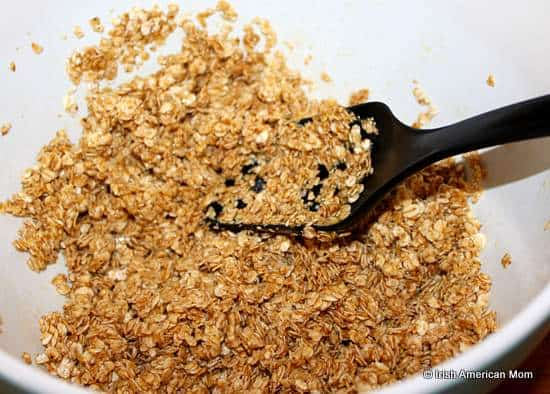Oatmeal mixture for baked oatmeal or granola bars