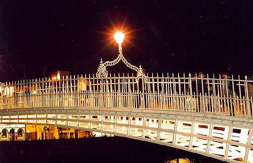 Dublin's Ha'penny Bridge at night
