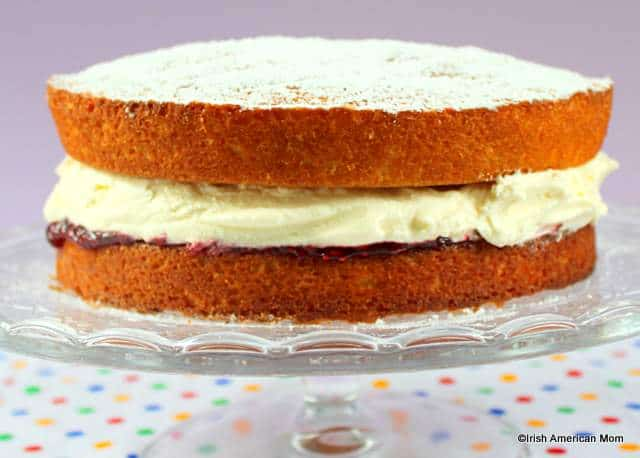 Victoria Sponge Cake Only Using Two Eggs