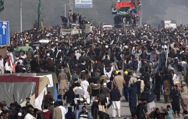 A dangerous precedent for Pakistan
