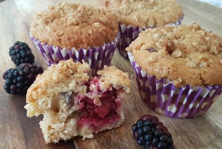 Sweet Treats: Apple, blackberry and custard crumble muffins
