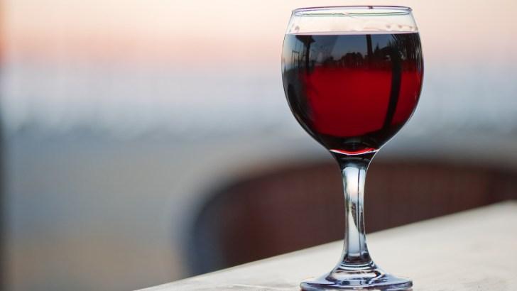 Vatican relinquishes world wine drinking crown