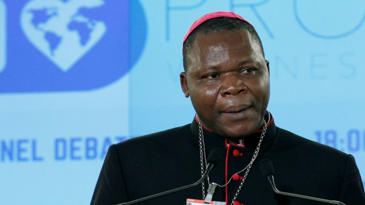 Synod of bishops: Let young people describe their reality