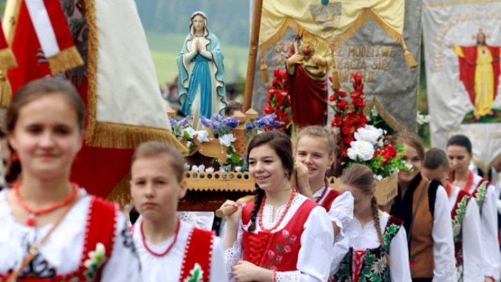 Poland's bishops say country's freedom linked with Catholicism