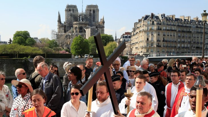 Notre Dame fire met with wave of Faith and emotion