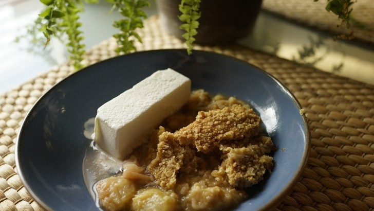 Rhubarb and Orange Crumble – the perfect combination of summer flavours