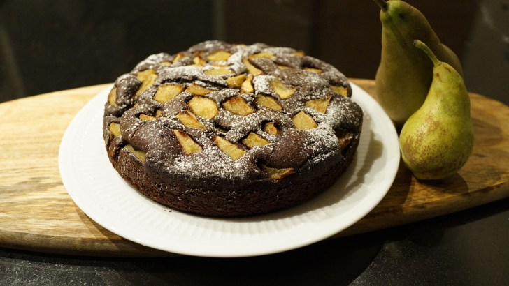 Pear and chocolate cake – an irresistible combination
