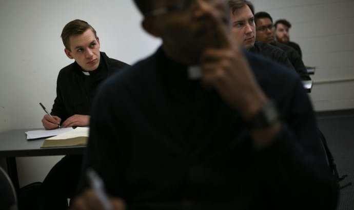 Seminarians hope for Church beyond scandal