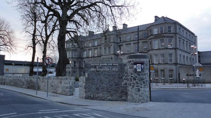 Teacher college must reverse bioethics course decision