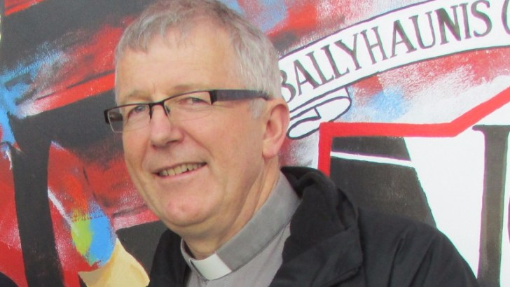 Priest criticised for allowing Muslim call to prayer in church