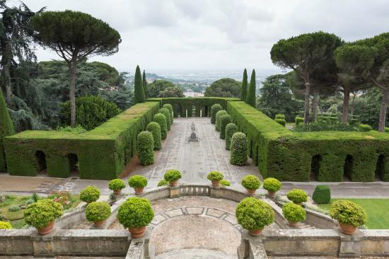Vatican Museums to reopen on June 1