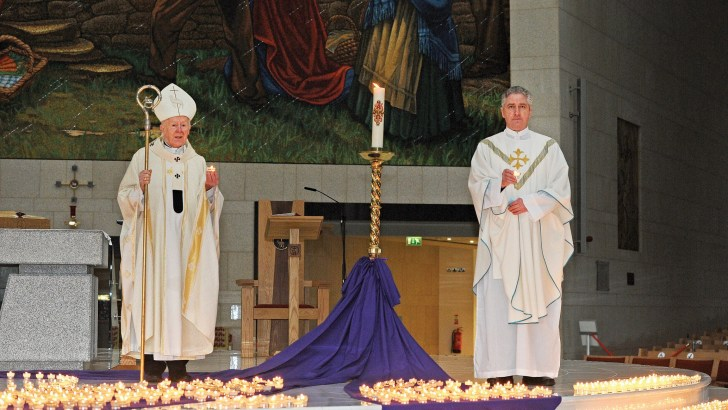 Knock Shrine holds Mass of Remembrance for Covid victims