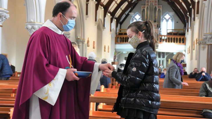 'Relief' at return to Mass as parishes now face challenge of Christmas
