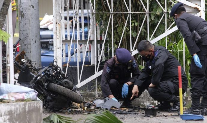 Indonesia Palm Sunday bombing 'disgraced human dignity'