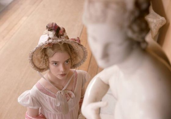 Anya Taylor-Joy ως Emma Woodhouse.