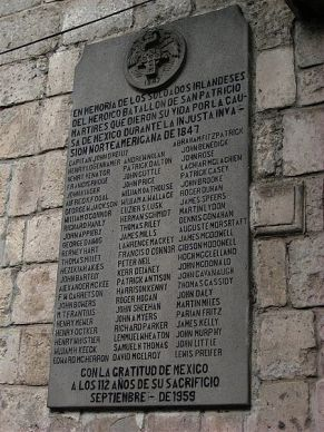 Commemorative plaque in San Jacinto Plaza, Mexico City (Picture credit: http://mexicotrucker.com/2008/03/17/mexico-honors-irish-american-saint-patricks-brigade-san-patricios)