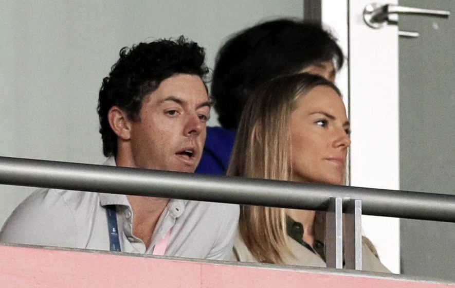 Golfer Rory McIlroy and wife Erica celebrating the birth ...