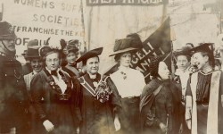 Frances Balfour, Millicent Fawcett, Emily Davies and others, c.1910. Sophie Bryant is on the right. LSE Library/Flickr, No known copyright restrictions.
