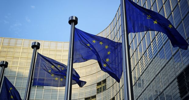 The European Court of Auditors has strongly criticised the European Commission's handling of the Irish bailout, highlighting its failure to notice warning-signs in the run-up to the financial crisis.
