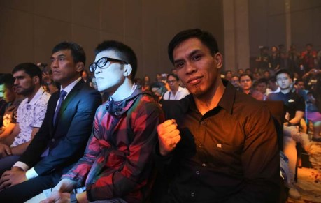 one fighting press conference (15)