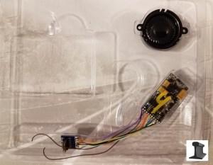 ESU 55400 LokSound V4.0 PluX12 DCC Sound Decoder With Speaker ~ Factory Sound