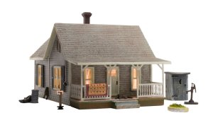 Woodland Scenics HO Built and Ready Old Homestead BR5040
