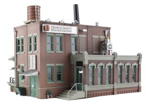 Woodland Scenics HO Built and Ready Dale's Barrel Factory BR5026