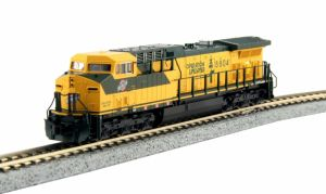Kato N Scale Chicago & North Western GE AC4400CW C&NW #8804 176-7035