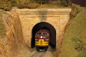 Monroe Models N Scale Tunnel Portal Cut Stone 210