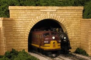 Monroe Models HO Tunnel Portal Sand Stone Block Double Track 165